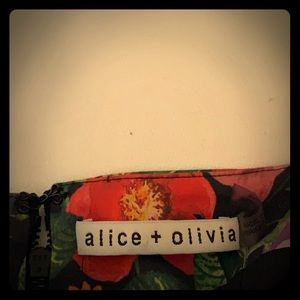 Alice and Olivia flowered pattern size 6 skirt